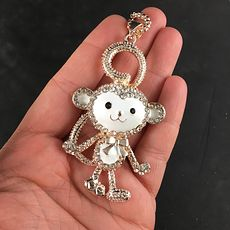 Adorable Moving White Monkey Jewelry Necklace Pendant on Gold Tone #yyRojjZK00g