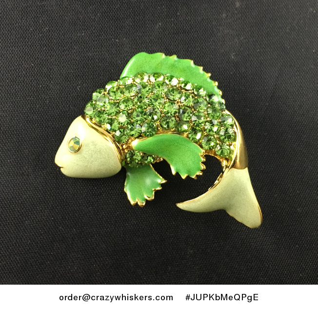 Beautiful Brooch Pin of a Jumping Green Fish with Rhinestones - #JUPKbMeQPgE-2