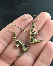 Bronze Tone Alloy Stretching Hanging Kitty Cat Earrings on Hypo Allergenic Hooks #2e7Mzpnx5NM