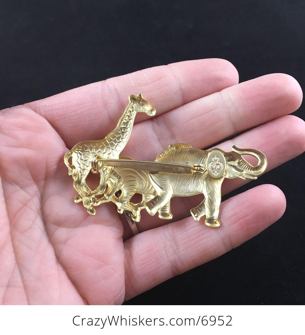 JJ Giraffe Brooch Pin in Silver Tone Pewter Vintage