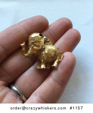 Vintage Gold Toned Elephant Pin #cf4RuGExLEg