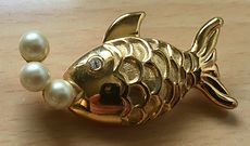 Vintage Marvella Gold Tone Fish Brooch Pin with Pearl Bubbles #CSqCNdZJ2vc