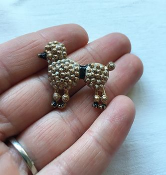 Vintage Poodle Pin with Texture and Black Muzzle and Waist #29Zrjnpok6w
