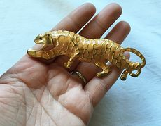 Vintage Walking or Stalking Gold Tone and Orange Leopard or Cheetah Big Cat Brooch Pin #SpduqmTCoS8