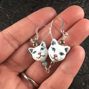 White Hand Painted Peruvian Ceramic Kitty Cat Face Earrings #t0M9fNRwKPI